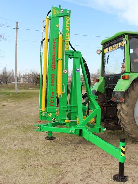 Погрузчик тракторный гидравлический ГСТм-1000 разложить распорки