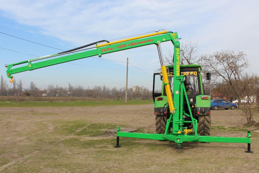 Погрузчик тракторный гидравлический ГСТм-1000 разложена и повернута